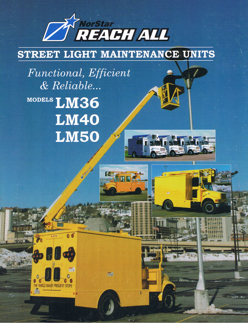 Streetlamp Maintenance Truck